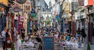 Cork outside dining